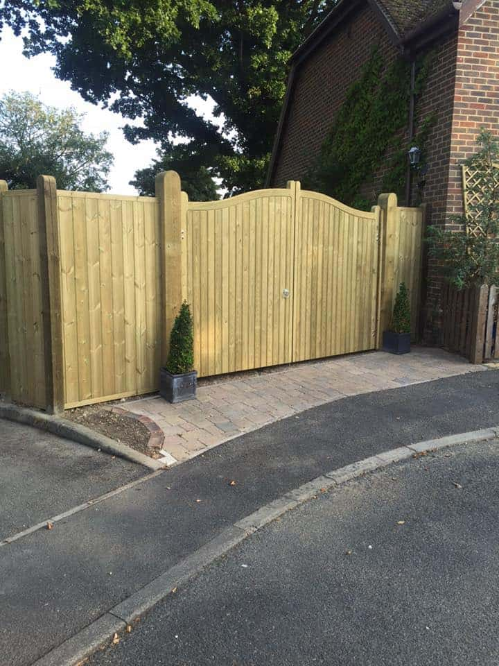 double-wooden-gate-maidstone-kent