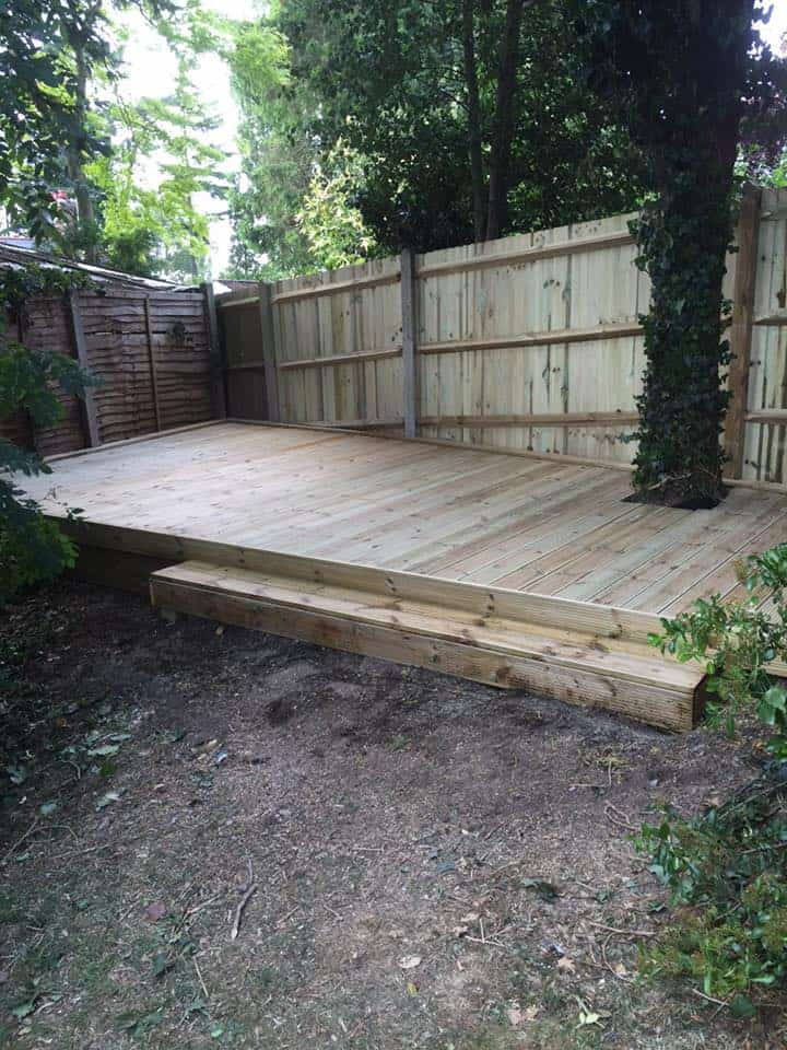Garden decking kent installations maidstone medway i for Garden decking maidstone